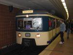 Foto und elektronische Grußkarte vom historischen S-Bahn-Zug der Baureihe 471 in Hamburg-Harburg